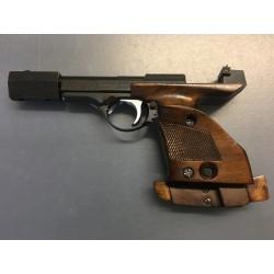 Pistolet Unique DES 69 calibre 22lr